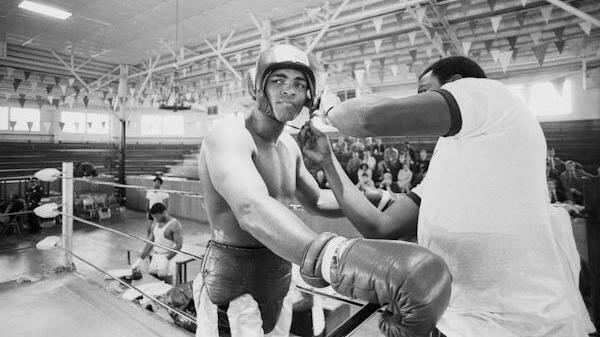 Muhammad Ali was an entertainer, both in and out of the ring. (PHOTO: Evolve MMA)