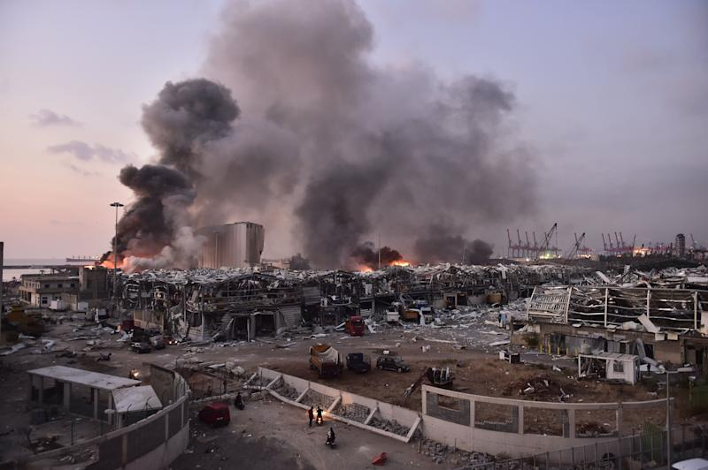 <strong>Smoke rises after a fire at a warehouse with explosives at the Port of Beirut led to massive blasts in Beirut, Lebanon.</strong> (Photo: Anadolu Agency via Getty Images)