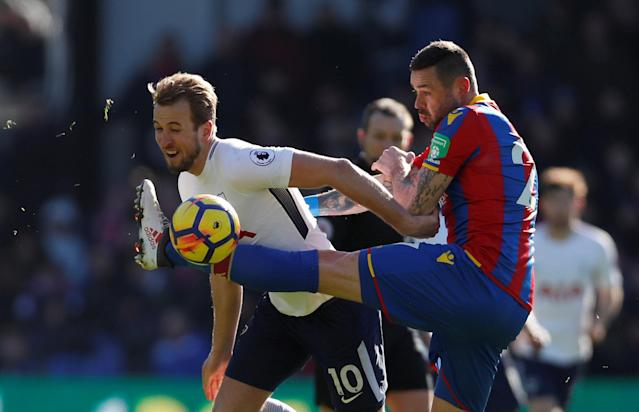 "Soccer Football - Premier League - Crystal Palace vs Tottenham Hotspur - Selhurst Park, London, Britain - February 25, 2018 Tottenham's Harry Kane in action with Crystal Palace's Damien Delaney Action Images via Reuters/Paul Childs EDITORIAL USE ONLY. No use with unauthorized audio, video, data, fixture lists, club/league logos or ""live"" services. Online in-match use limited to 75 images, no video emulation. No use in betting, games or single club/league/player publications. Please contact your account representative for further details."