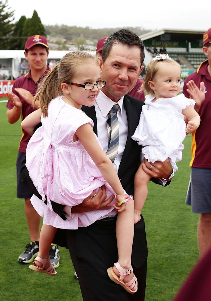 HOBART, AUSTRALIA - DECEMBER 14:  Ricky Ponting walks through a guard of honour from Mowbray Cricket Club members with his daughters Emmy Ponting (L) and Matisse Ponting (R) during day one of the First Test match between Australia and Sri Lanka at Blundstone Arena on December 14, 2012 in Hobart, Australia.  (Photo by Matt King/Getty Images)