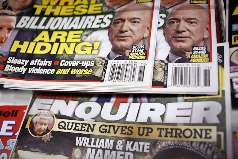 Hedge Funds Square Off for Swath of Ailing American Newspapers