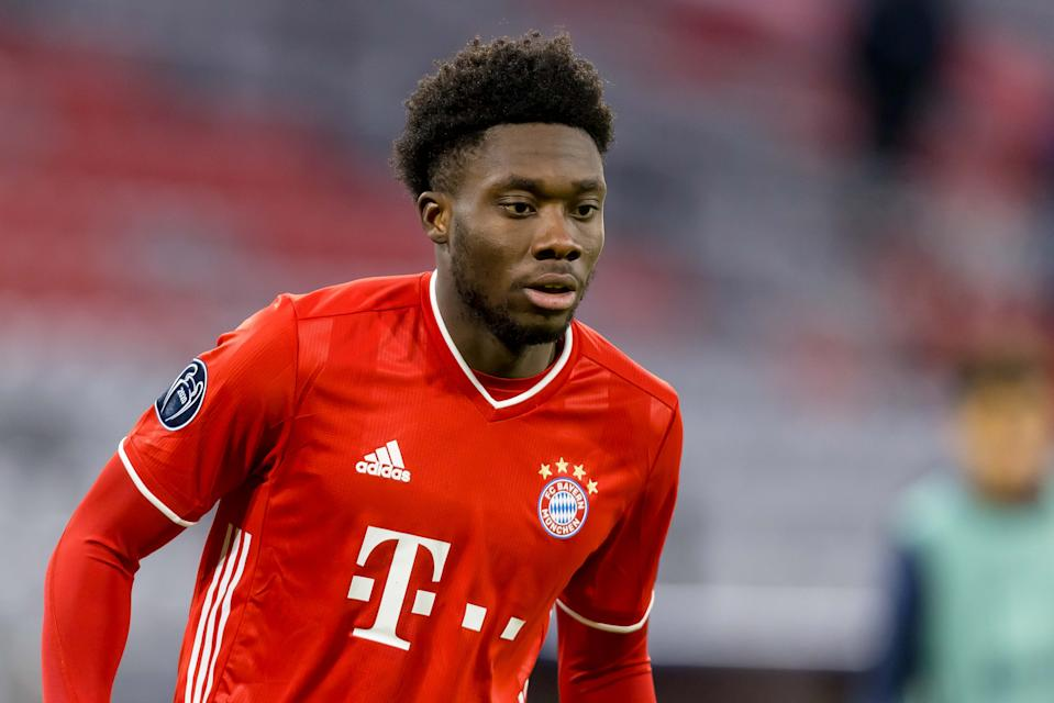 MUNICH, GERMANY - DECEMBER 09: (BILD ZEITUNG OUT) Alphonso Davies of Bayern Muenchen looks on during the UEFA Champions League Group A stage match between FC Bayern Muenchen and Lokomotiv Moskva at Allianz Arena on December 9, 2020 in Munich, Germany. (Photo by Roland Krivec/DeFodi Images via Getty Images)