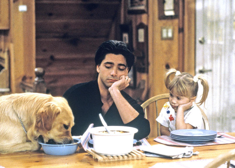 Full House Cast DESTROYS The #FullHouseChallenge With Coronavirus Parody Video!
