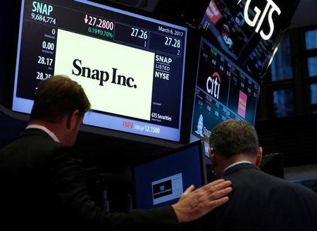 Snap Plunges on First Earnings Report as Public Company