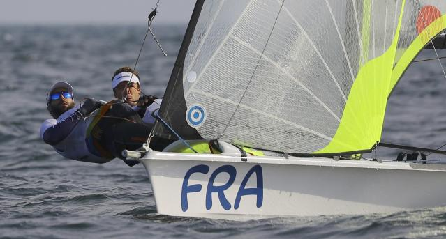 2016 Rio Olympics - Sailing - Preliminary - Men's Skiff - 49er - Race 7/8/9 - Marina de Gloria - Rio de Janeiro, Brazil - 15/08/2016. Julien D'Ortoli (FRA) of France and Noe Delpech (FRA) of France compete. REUTERS/Brian Snyder FOR EDITORIAL USE ONLY. NOT FOR SALE FOR MARKETING OR ADVERTISING CAMPAIGNS.