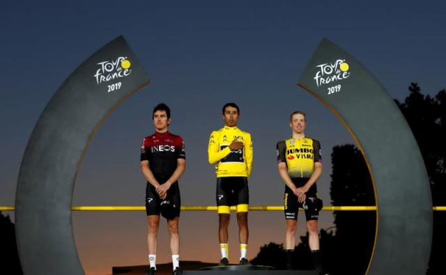 FILE PHOTO: Tour de France - The 128-km Stage 21 from Rambouillet to Paris Champs-Elysees