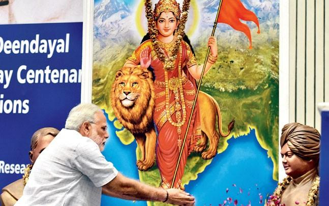 <p>Modi had first talked about the mission on Mann Ki  Baat urging people to create an environment of cleanliness in  the entire country so that October 2 can be celebrated in a befitting manner.</p>