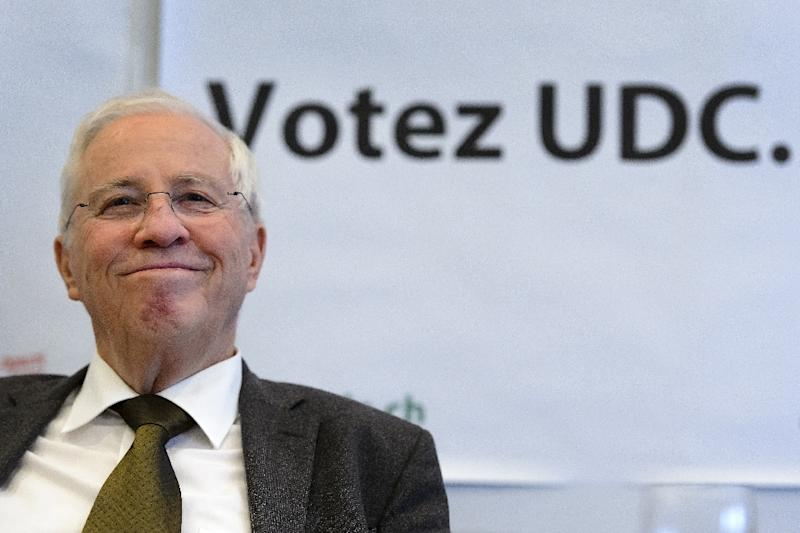 Former Swiss minister Christoph Blocher smiles during a press conference prior to an electoral meeting of the Swiss People's Party (SVP-UDC) popular for its immigration restriction proposals in Lausanne on October 2, 2015 (AFP Photo/Fabrice Coffrini)