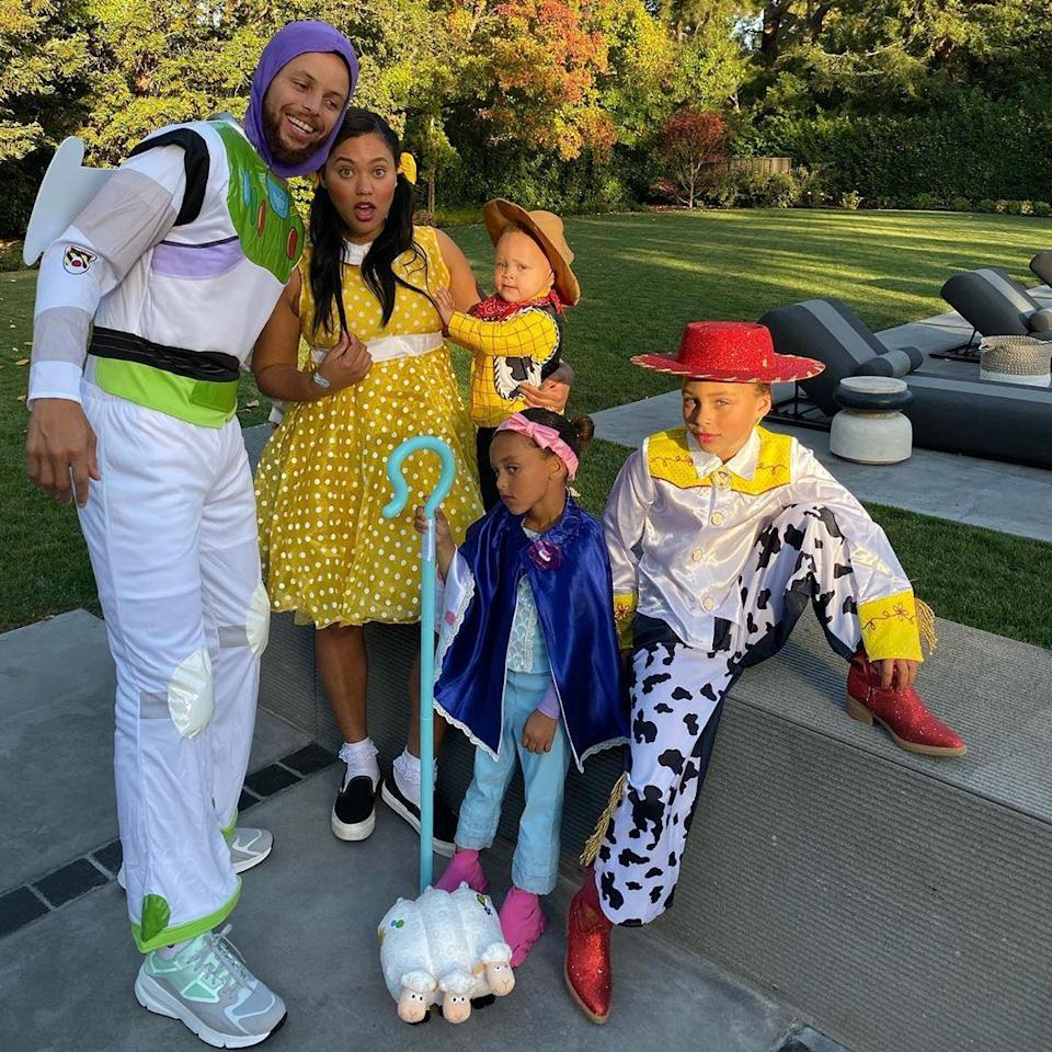 Steph Curry, his wife, Ayesha, and their three children adorably dressed as Buzz Lightyear, Gabby Gabby, Jessie, Bo Peep, and Woody from the <em>Toy Story</em> franchise—and they crushed it.