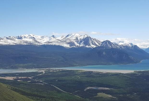 A view of Carcross, Yukon. The territory's coroner says 64-year-old Dan Kemble of Carcross died last week while hiking in the area. (Paul Tukker/CBC - image credit)