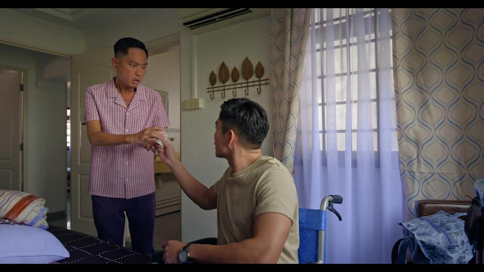 Chew Chor Meng and Elvin Ng in Channel 8 drama The Heartland Hero. (Photo: Mediacorp)