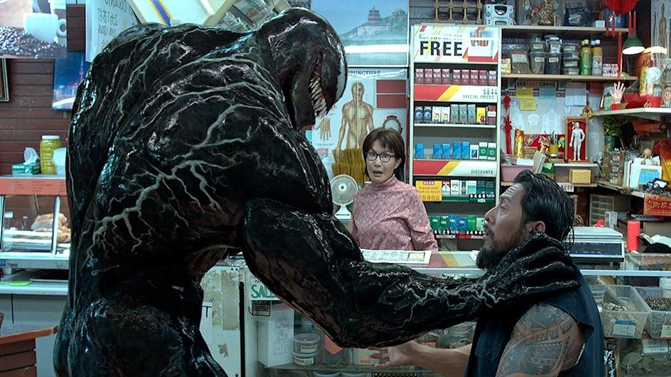 'Venom' reviews compare Tom Hardy's supervillain movie to Razzie-winning' Catwoman' (Sony Pictures)