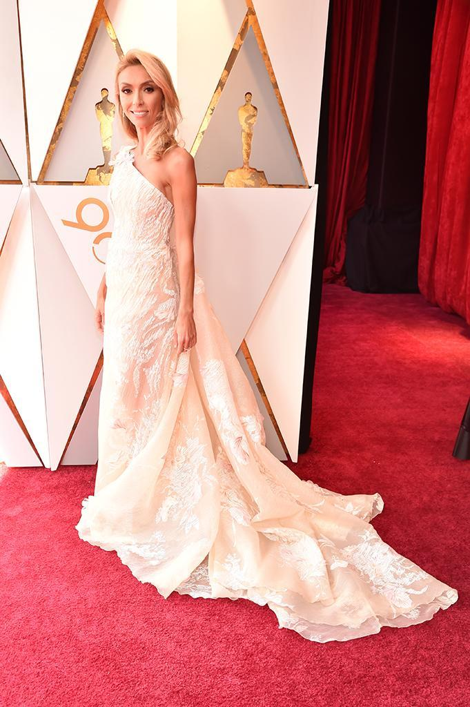 <p>Giuliana Rancic attends the 90th Academy Awards in Hollywood, Calif., March 4, 2018. (Photo: Kevin Mazur/WireImage) </p>