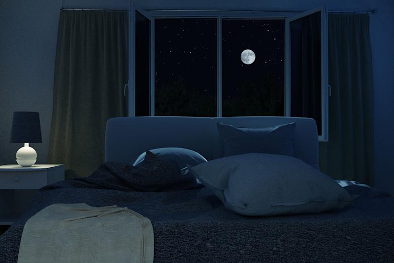 Keeping your bedroom dark can help reset your internal body clock [Photo: Getty]