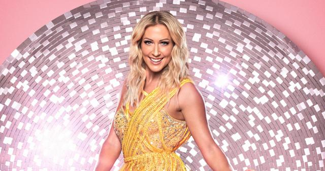 Steps band member Faye Tozer hits back at dancing background criticism.