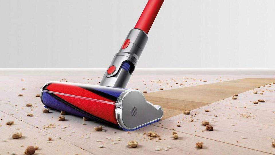 Best gifts for wives: Dyson V8