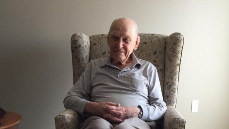 Winnipeg WW II veteran could be last Manitoban to earn prestigious French award