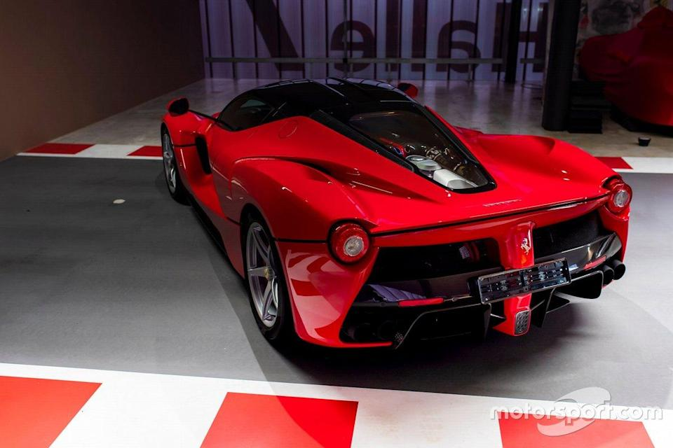 "2016 Ferrari LaFerrari de Sebastian Vettel<span class=""copyright"">Tom Hartley Jnr.</span>"