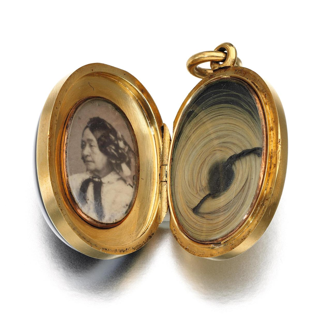 Banded agate and diamond locket, circa 1861 (Sotheby's)