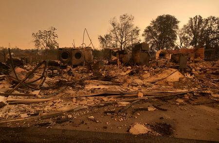 California fire'tornado kills two firefighters thousands fleeMore