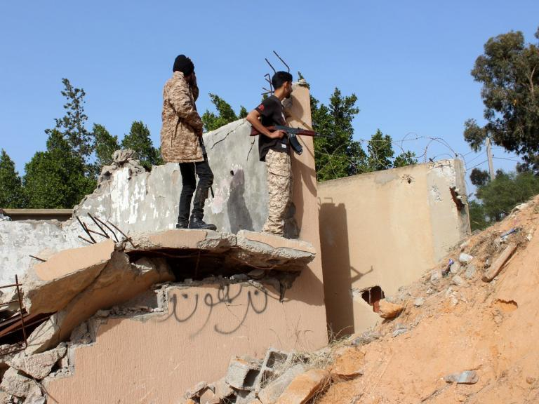 Airstrikes hit Tripoli as Libyan warlord steps up offensive against government