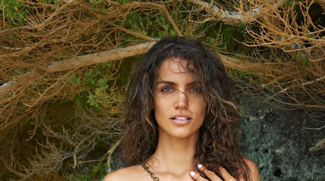 <p>Sofia Resing, SI Swimsuit 2016</p>