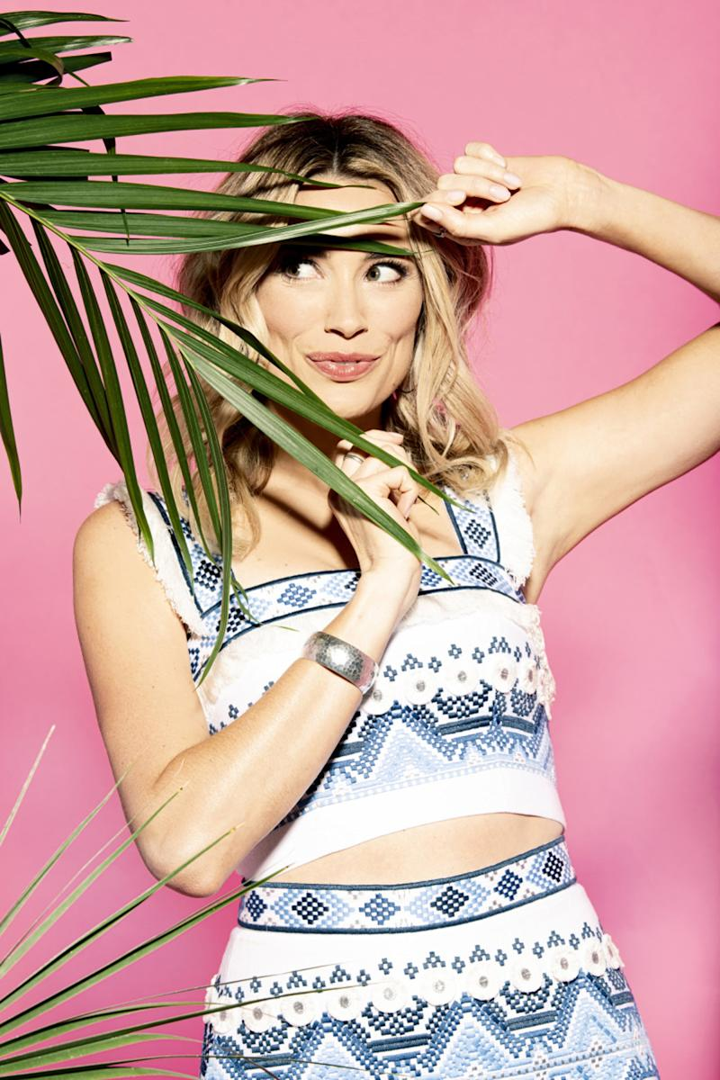 Actress and comedian Arielle Vandenberg will host LOVE ISLAND this summer. She will preside over the matchmaking when the U.S. version of the international reality sensation debuts with a special 90-minute premiere, Tuesday, July 9 (8:00-9:30 PM, ET/PT) on the CBS Television Network. New one-hour episodes continue every weeknight through Wednesday, August 7 (8:00-9:00 PM, ET/PT). Photo: Timothy Kuratek/CBS Entertainment 2019 CBS Broadcasting, Inc. All Rights Reserved.