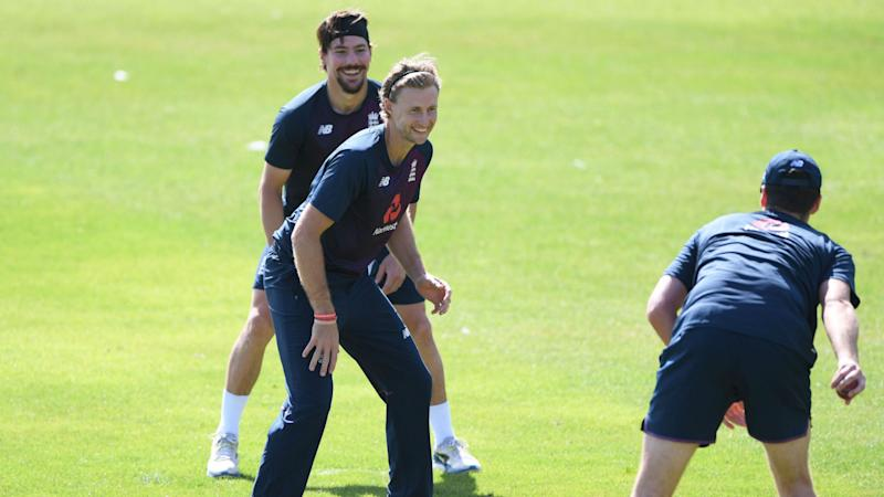 Root urges England to seize the moment and seal series win