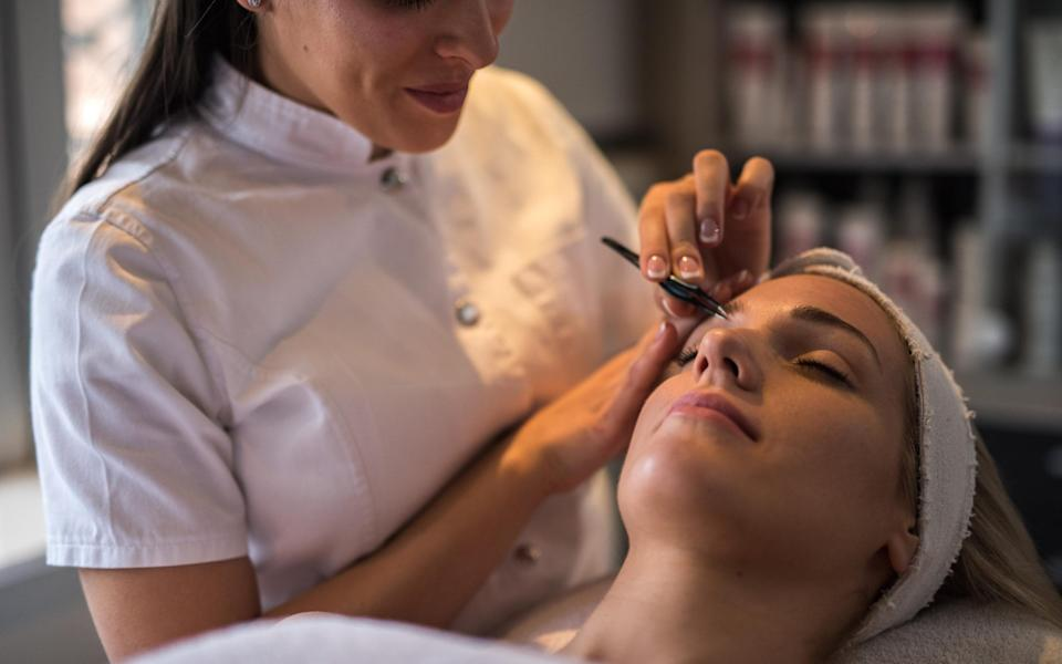 New guidance announced on Thursday allows close-contact beauty services such as eyebrow shaping and facials to reopen from Saturday - StockPlanets