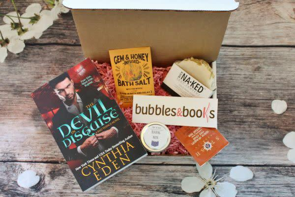 Starts at $24/month. Each box contains one romance novel, one artisan soap and 2 to 3 other book or bath related goodies. Get <span>23 percent off with code <strong>SOAKER</strong></span> at checkout.
