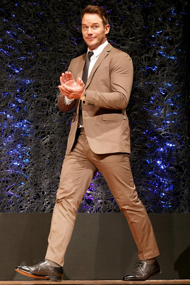 <p>At a press conference in Tokyo, Pratt stepped out in a textbook cotton suit in a just-right shade neutral shade of khaki that goes with just about ever shirt-and-tie combo you can think of.</p>