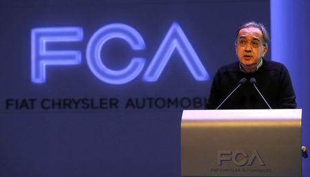 Fiat Chrysler Chief Executive Sergio Marchionne gives opening remarks during the FCA Investors Day at Chrysler World Headquarters in Auburn Hills