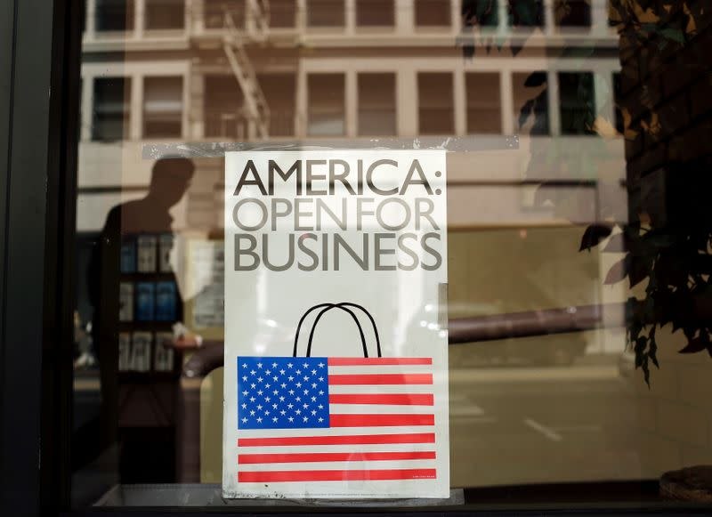 May flowers: Where the U.S. retail blooms are and are not