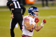 New York Giants' Blake Martinez reacts after a missed sack during the first half of an NFL football game against the Philadelphia Eagles, Thursday, Oct. 22, 2020, in Philadelphia. (AP Photo/Chris Szagola)