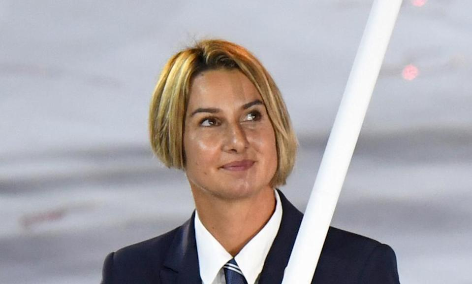 Sofia Bekatorou leads her delegation during the opening ceremony of the Rio 2016 Olympics