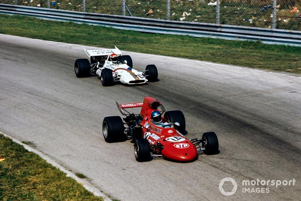 """Mike Beuttler, March 711 Ford, Dr. Helmut Marko, BRM P153<span class=""""copyright"""">LAT Images</span>"""