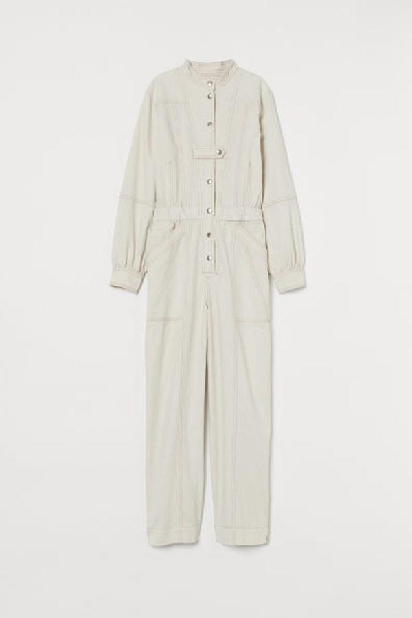 """This cream-colored jumpsuit is extremely versatile. $80, H&M. <a href=""""https://www2.hm.com/en_us/productpage.0807793001.html"""">Get it now!</a>"""