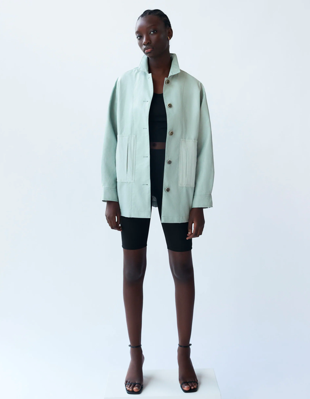 "A mint moment. That's it, that's the look. $70, Zara. <a href=""https://www.zara.com/us/en/contrasting-faux-leather-jacket-p03046050.html?v1=51030359&v2=1549247"" rel=""nofollow noopener"" target=""_blank"" data-ylk=""slk:Get it now!"" class=""link rapid-noclick-resp"">Get it now!</a>"