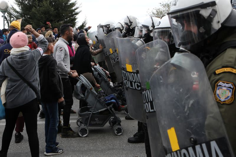 Greek police fire teargas at protesting migrants, refugees on Lesbos