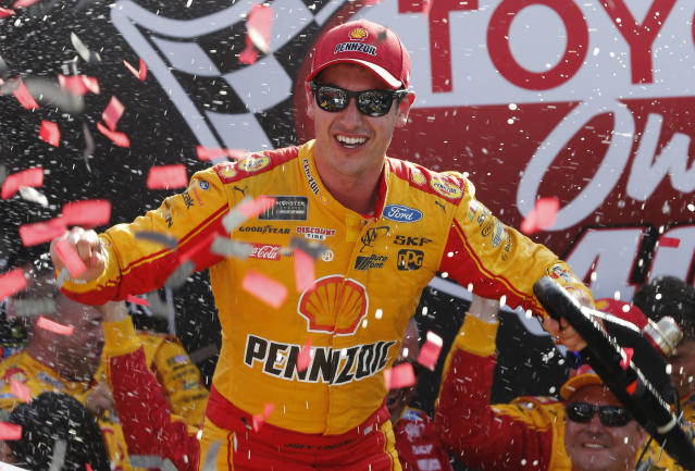 "<a class=""link rapid-noclick-resp"" href=""/nascar/sprint/drivers/1542/"" data-ylk=""slk:Joey Logano"">Joey Logano</a>'s win at Richmond in 2017 was encumbered and he missed NASCAR's playoffs. (AP Photo/Steve Helber)"