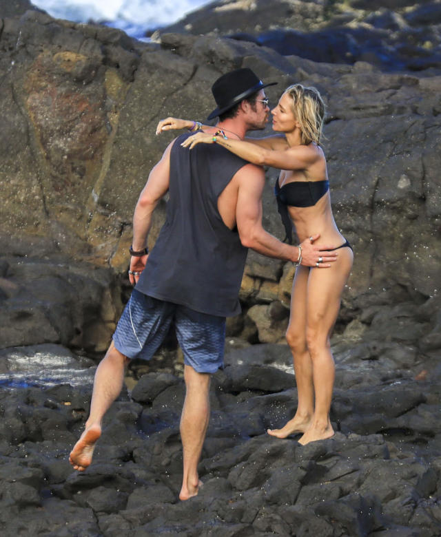 <p>The<em> Thor</em> star and his wife were affectionate on a trip to his native Australia. When they weren't sharing a kiss, they were taking care of their kids or entertaining a group of friends that included Matt Damon and his wife, Luciana Barroso. (Photo: Media-Mode/Splash News)<br><br></p>