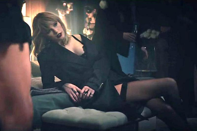 watch taylor swift and zayn s smouldering video for fifty