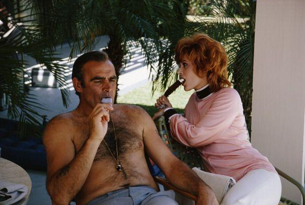 <p>Sean Connery and Jill St. John taking some time off to cool down while filming 'Diamonds Are Forever', 1971.</p>