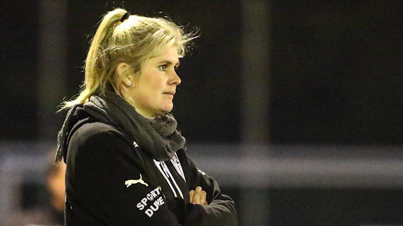 German female football coach Imke Wubbenhorst brilliantly shuts down journalist