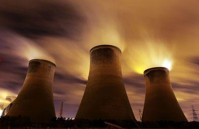 The coal fueled Fiddlers Ferry power station emits vapour into the night sky on November 16, 2009 in Warrington, United Kingdom. (Christopher Furlong/Getty Images)
