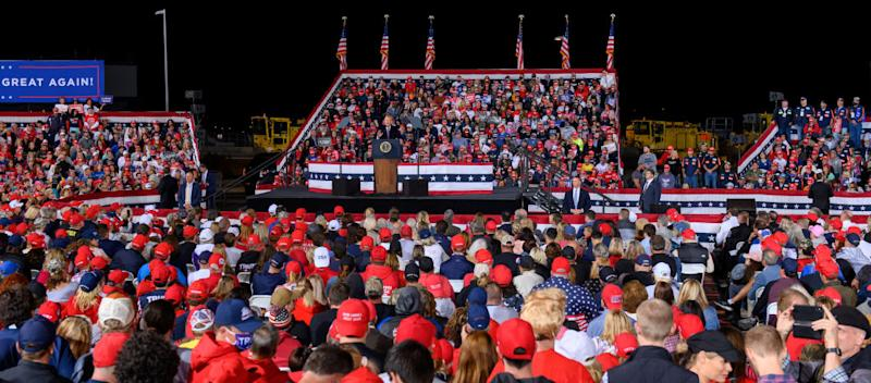 Trump addresses crowd in PittsburghGetty Images
