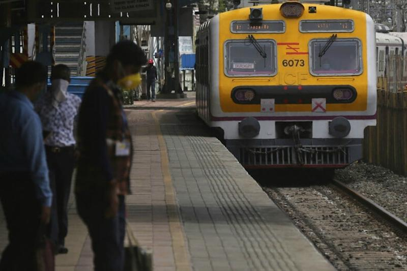 Railways to Expand to 350 Mumbai Local Trains from Today, Only Essential Service Personnel Allowed
