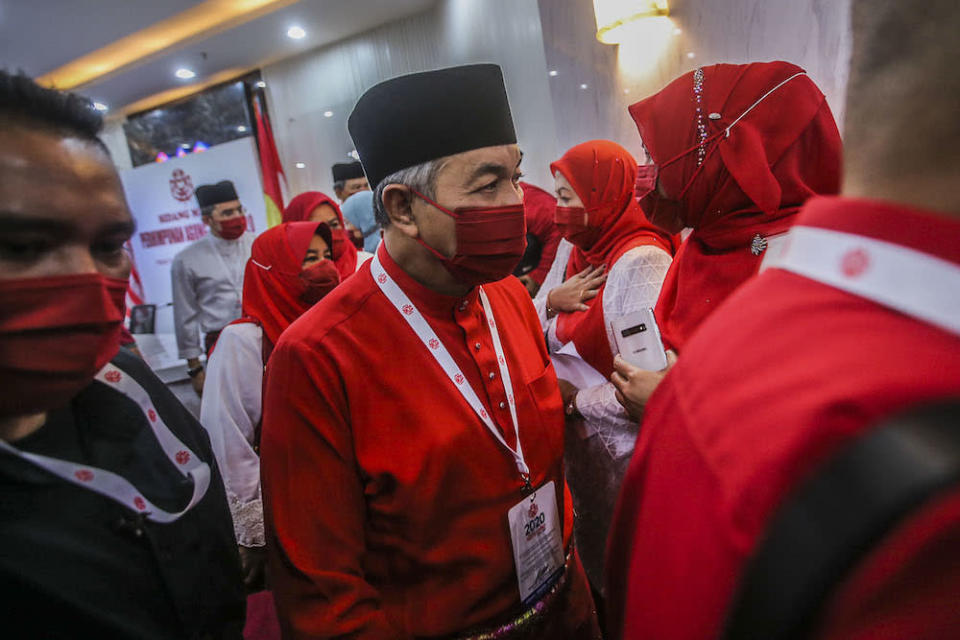 At Umno's 75th general assembly over the weekend, party president Datuk Seri Ahmad Zahid Hamidi said it had no qualms about contesting under the BN banner, which intensified speculation that it was prepared to sever ties with PAS.  ― Picture by Hari Anggara