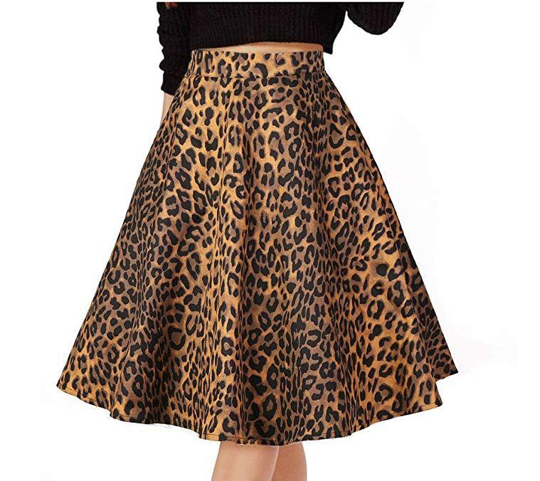 """<strong><a href=""""https://www.amazon.com/Musever-Womens-Pleated-Vintage-Leopard/dp/B07C5712P5/ref?tag=thehuffingtop-20&amp;th=1&amp;psc=1"""" target=""""_blank"""" rel=""""noopener noreferrer"""">Find it for $19 on Amazon.</a></strong>"""