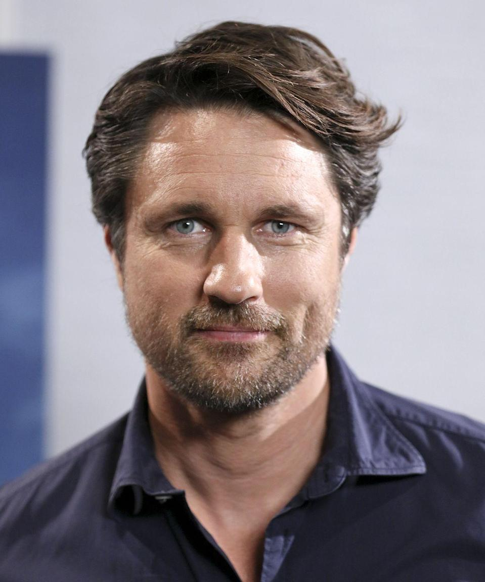"""<p>Though his character, Jack Sheridan, is from California, Martin Henderson is actually a New Zealander. According to co-star Breckenridge, Henderson """"does not break"""" from his American accent on-set. The 46-year-old had a two-season stint as Dr. Nathan Riggs on <a href=""""https://www.netflix.com/watch/70140391?source=35"""" rel=""""nofollow noopener"""" target=""""_blank"""" data-ylk=""""slk:Grey's Anatomy"""" class=""""link rapid-noclick-resp""""><em>Grey's Anatomy</em></a><em>, </em>as well as<a href=""""https://deadline.com/2017/10/greys-anatomy-martin-henderson-leaving-interview-shonda-rhimes-1202194978/"""" rel=""""nofollow noopener"""" target=""""_blank"""" data-ylk=""""slk:two other Shondaland shows"""" class=""""link rapid-noclick-resp""""> two other Shondaland shows</a> (<em><a href=""""https://deadline.com/2009/05/primetime-pilot-panic-abc-sends-shonda-rhimes-in-the-box-back-into-redevelopment-9317/"""" rel=""""nofollow noopener"""" target=""""_blank"""" data-ylk=""""slk:Inside the Box"""" class=""""link rapid-noclick-resp"""">Inside the Box</a> </em>and <em><a href=""""https://abc.com/shows/off-the-map"""" rel=""""nofollow noopener"""" target=""""_blank"""" data-ylk=""""slk:Off the Map"""" class=""""link rapid-noclick-resp"""">Off the Map</a></em>). For a terrific watch, check out Henderson in the Bollywood-meet-Jane Austen flick <em><a href=""""https://www.amazon.com/Bride-Prejudice-Naveen-Andrews/dp/B008RPRNGE?tag=syn-yahoo-20&ascsubtag=%5Bartid%7C10072.g.34716665%5Bsrc%7Cyahoo-us"""" rel=""""nofollow noopener"""" target=""""_blank"""" data-ylk=""""slk:Bride and Prejudice"""" class=""""link rapid-noclick-resp"""">Bride and Prejudice</a></em>. He's just as much of a dreamboat as the romantic lead in that movie. </p><p><strong>Find him on Instagram:</strong><strong> @<a href=""""https://www.instagram.com/martinhendersonofficial/?hl=en"""" rel=""""nofollow noopener"""" target=""""_blank"""" data-ylk=""""slk:martinhendersonofficial"""" class=""""link rapid-noclick-resp"""">martinhendersonofficial</a></strong></p>"""